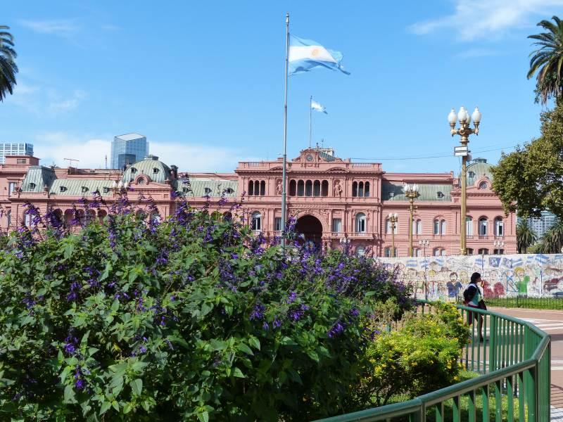 06-Buenos-Aires-Plaza-de-Mayo