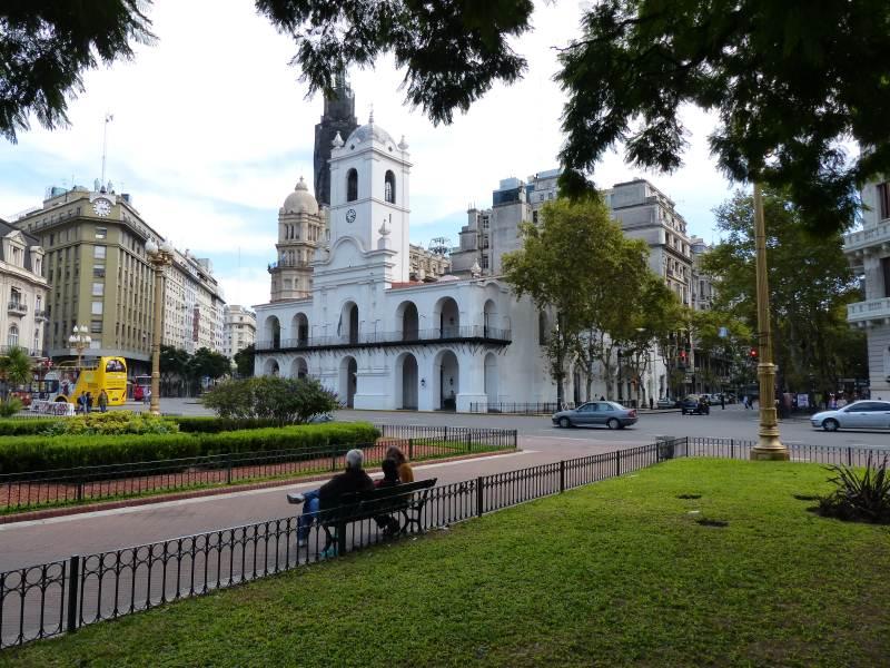 07-Buenos-Aires-Plaza-de-Mayo