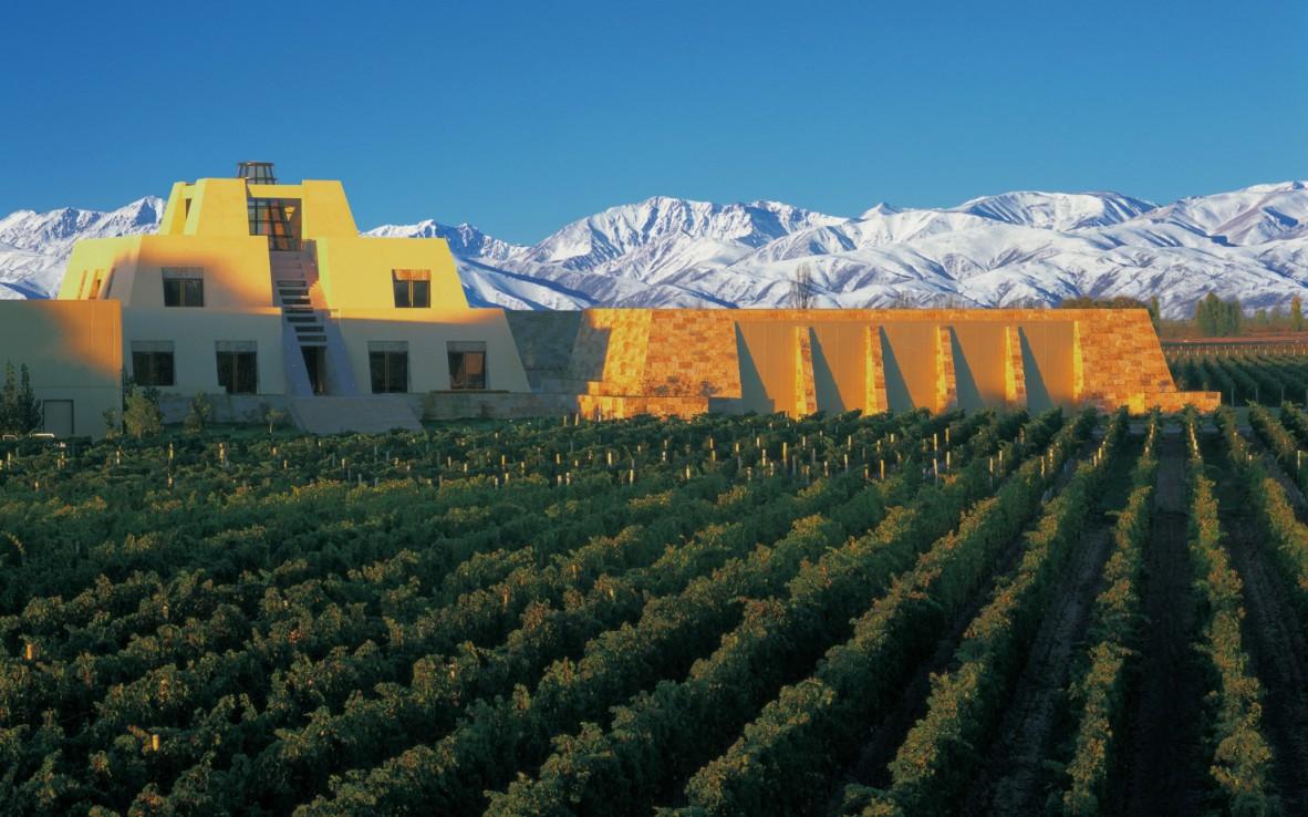 09-Catena-Zapata-Winery-1